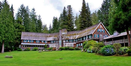 Lake-Quinault-Lodge-Back